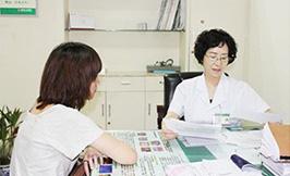 成都九龙妇科医院-女性阴道出现不规则出血怎么回事