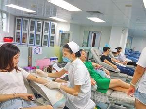 广州协佳医院广州协佳医院组织职工无偿献血,用爱心为生命加油